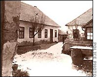A casa na rua Kossuth em Cinkota, Hungria.