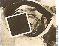 Um dos tambores contendo uma das vítimas de Béla Kiss. (O rosto da vítima foi coberto por uma tarja preta)