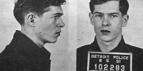 Johnnie Ray em foto tirada após ser preso pela polícia por frequentar um bar gay em Detroit. Foto: Pride Source LGBT.