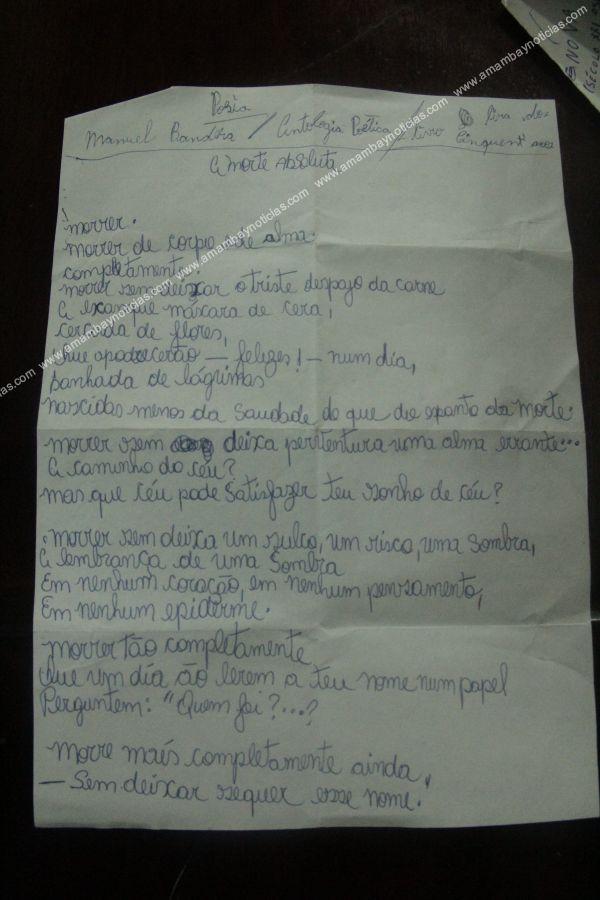 Na Foto: Texto de autoria de Dyonathan Celestrino encontrado em seu quarto no Paraguai. Créditos: Amambay.
