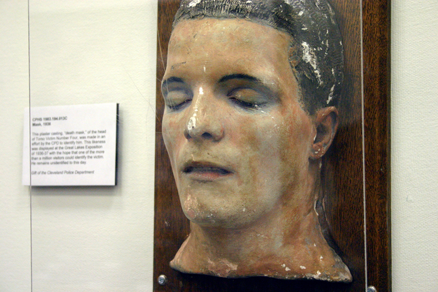 Na foto: A máscara da morte de uma das vítimas do Assassino do Tronco de Cleveland. Créditos: Flickr Dan Coulter.