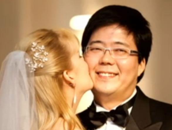 Na Foto: Elize e Marcos no casamento de ambos em outubro de 2209