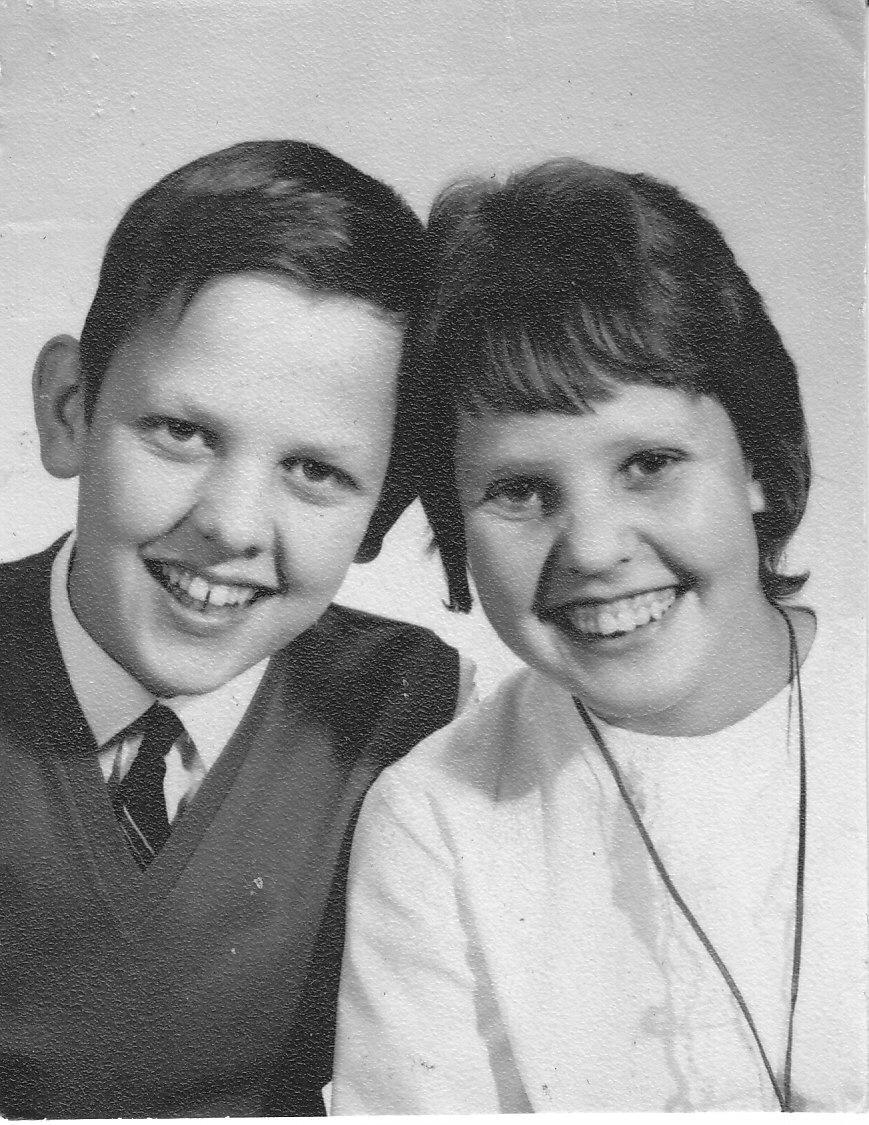 """Na Foto: Sture Bergwall em 1964. """"Aqui estou eu na época do assassinato de Thomas Blomgren em 1964,"""" diz a legenda da foto postada por Bergwall em seu twitter."""