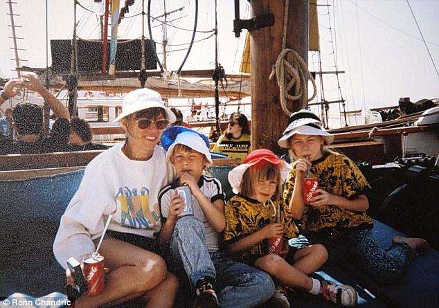 Na Foto: A família Edgington. Marion