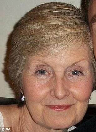 Na Foto: Sally Hodkgin. A mesma sorte não teve Sally Hodkin, 58 anos. Ela foi morta por Nicola a golpes de cutelo.