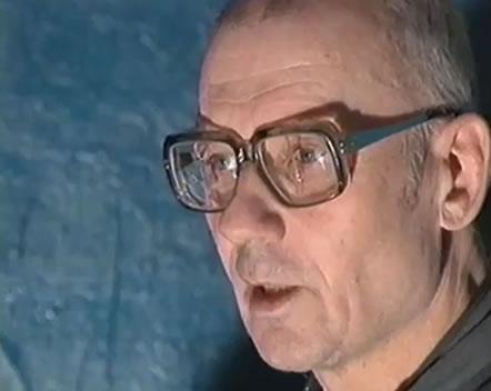 Na Foto: Andrei Chikatilo concede uma de suas últimas entrevistas.