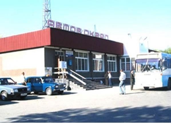 Na Foto: Mercado em Novoshakhtinsk onde Dimitriy Ptashnikov foi comprar selos em 24 de março de 1984. Créditos: Hunting The Devil.