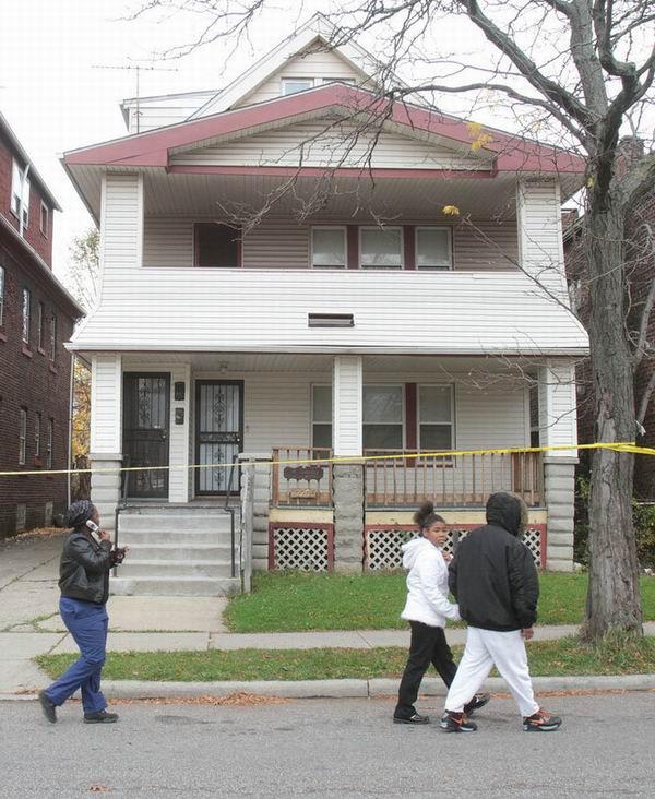 Na foto: A casa do serial killer Anthony Sowell. Avenida Imperial número 12205. A casa foi posteriormente demolida. Créditos: The Plain Dealer.