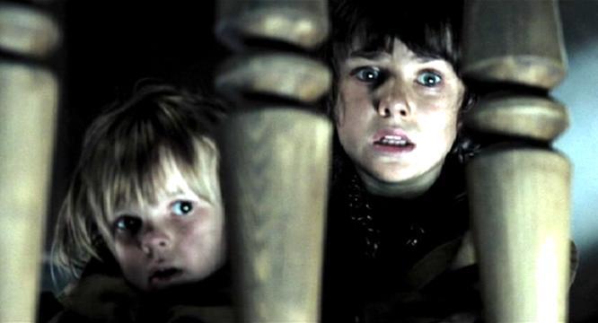 Na Foto: Mischa e Hannibal Lecter. Filme: Hannibal Rising (2007).