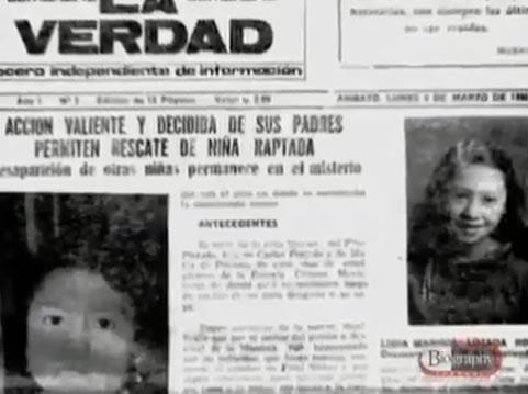 Na foto: Jornal da época traz na capa a foto de meninas desaparecidas em Ambato. Créditos: Documentário Biography Channel.