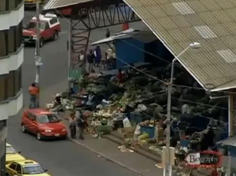 Na Foto: A feira em Ambato, onde Pedro Alonso Lopez foi capturado por feirantes. Créditos: Documentário Biography Channel.