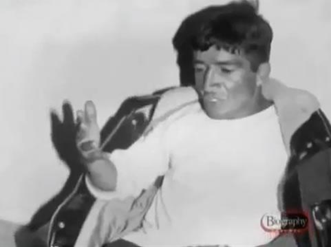 Na Foto: Pedro Alonso Lopez é fotografado durante interrogatório em 1980. Créditos: Documentário Biography Channel.