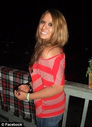 Na foto: Foto do perfil do facebook de Samantha Koenig. Israel Keyes enviou a família de Samantha uma foto do seu corpo que os fez acreditar que ela estava viva. Créditos: Facebook.