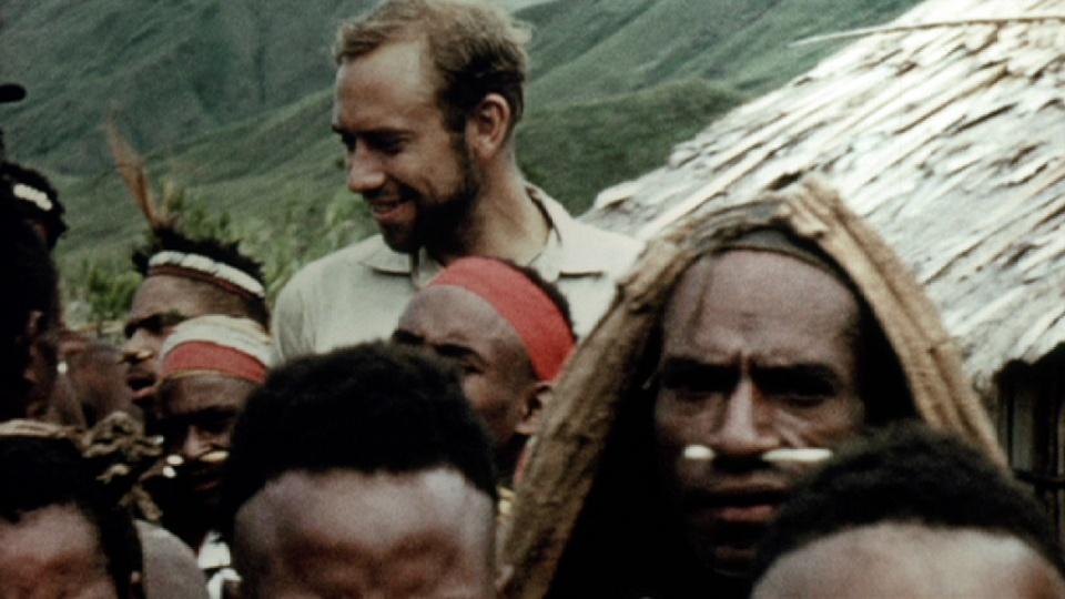 Michael Alpers em sua chegada na Papua Nova Guiné, em 1961.