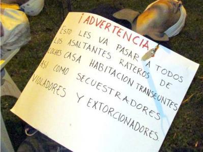 Notorios e Horripilantes Crimes de 2013 - Sete mortos - Cartaz