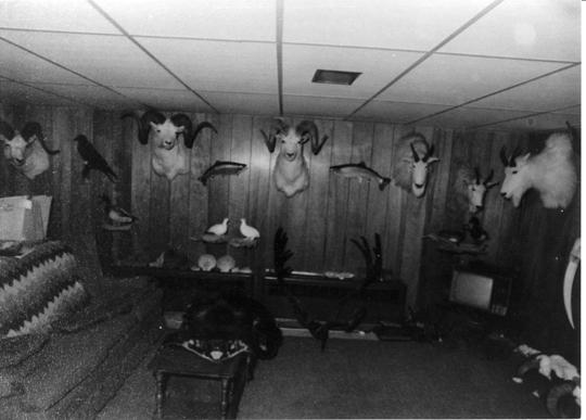 Serial Killers - O Cacador de Humanos - Porão Hansen