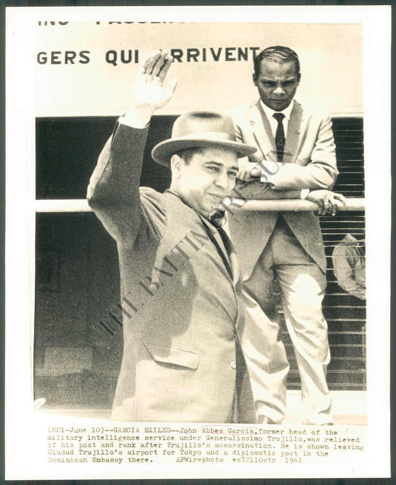 Johnny Abbes Garcia - O torturador do Caribe - Exilio