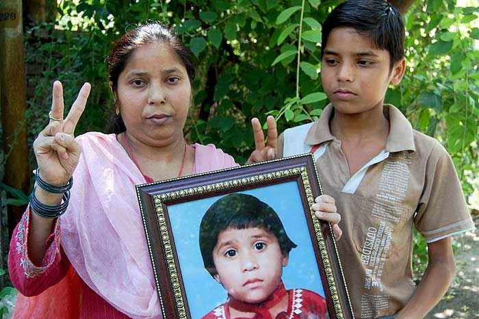 Necrofilos Assassinos - O Caso Surinder Koli - Aarti