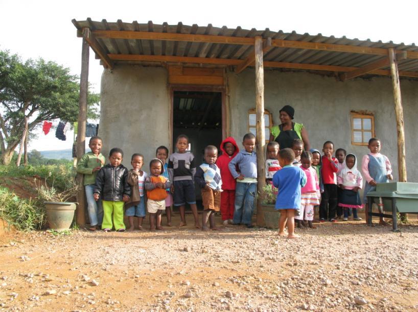 Na foto: Escola em Lindelani Township, subúrbio de Durban, África do Sul. Possível serial killer pode estar atuando na região. Créditos: Outreach Africa.