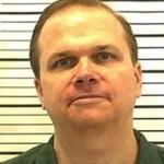 Assassino de John Lennon tem oitava chance para sair em liberdade condicional