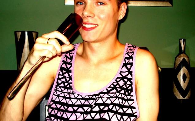 Na foto: O modelo e assassino Luka Magnotta. Reprodução Internet.