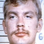 Jeffrey Dahmer - Bar
