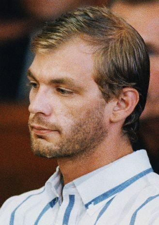Na foto: Jeffrey Dahmer durante sua primeira aparição pública após ser preso. Data: 25 de Julho de 1991. Créditos: Reuters.