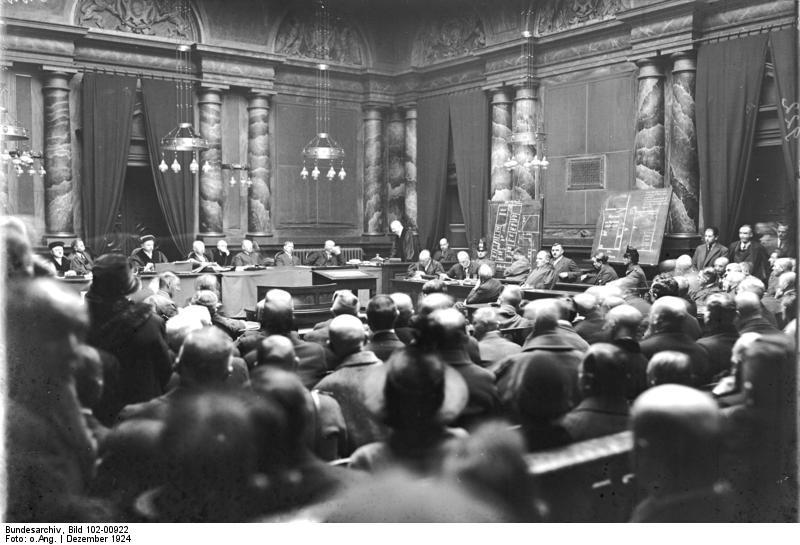 O julgamento de Fritz Haarmann. Data: Dezembro de 1924. Foto: Bundesarchiv Bild.