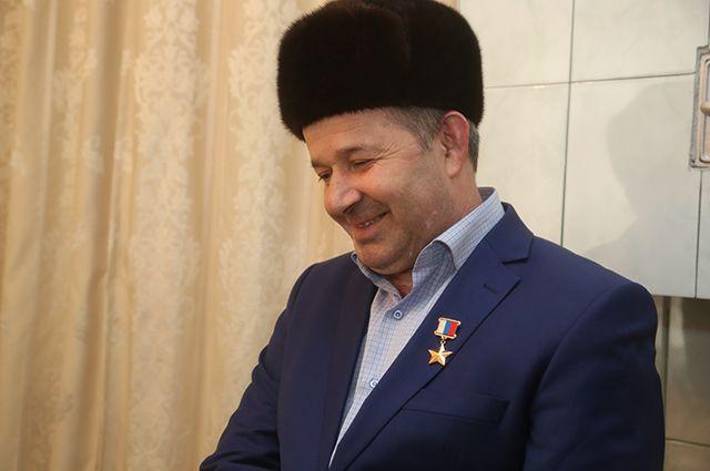 Na foto: Issa Kostoyev, chefe da investigação do caso Chikatilo entre 1986 e 1990. Atualmente ele é um conselheiro do Comitê de Defesa e Segurança da Rússia. Créditos: Пресс-служба Республики Ингушетия.