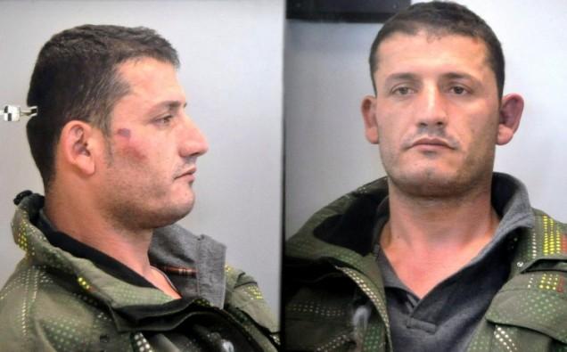 O serial killer albanês que estrangulou três pessoas idosas na Grécia. Foto: Kool News Grécia.