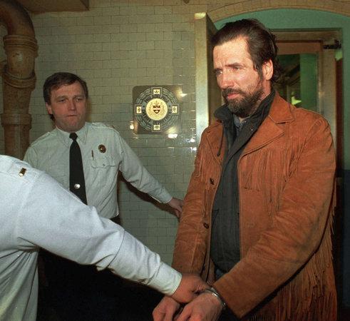 Gary Heidnik durante audiência preliminar em 23 de Abril de 1987. Foto: Associated Press.