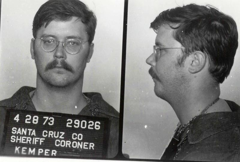 Citado no artigo de Douglas/Hazelwood, o serial killer Edmund Kemper é um lust murderer clássico cujo modus operandi envolvia mutilação, desmembramento e necrofilia.  Foto: Santa Cruz County Sheriff's Office.