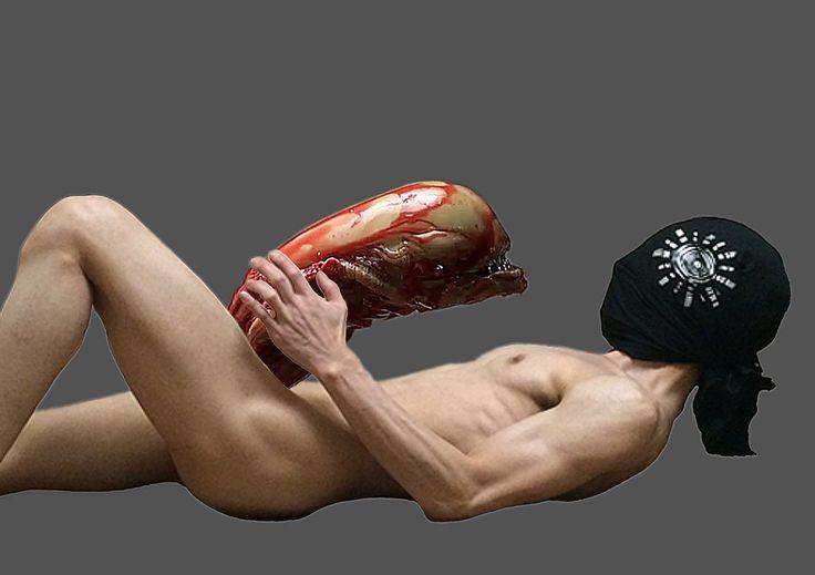 O site traz fotos estranhas de um homem nu. Seria ele o famoso serial killer japonês Seito Sakakibara? Foto: