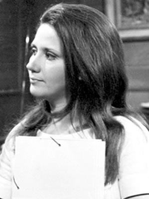 A atriz Dorinha Duval em Dercy de Verdade. Memorial Globo.