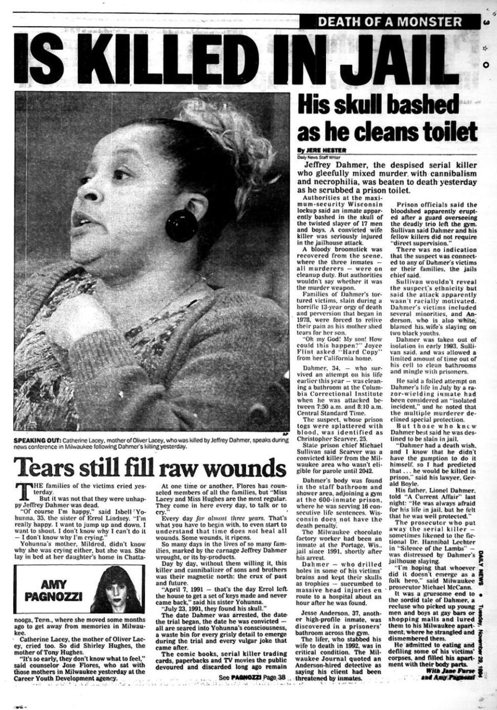 Reportagem do New York Daily News sobre a morte de Jeffrey Dahmer.