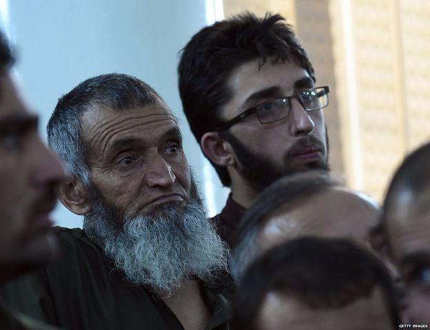 Zain-ul-Din e Yakoob durante o julgamento. Foto: Getty Images.