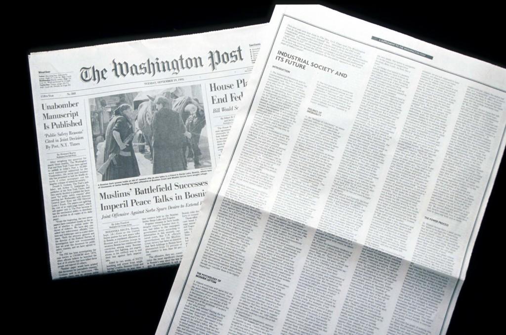 A edição de 19 de setembro de 1995 do The Washington Post contendo o Manifesto Unabomber. A pedido da Procuradora Geral Janet Reno e do FBI, o jornal publicou o texto de 35 mil palavras de Ted Kaczynski, na esperança de interromper 17 anos de pacotes-bomba. (foto: Evan Agostini/Liaison via Getty Images)