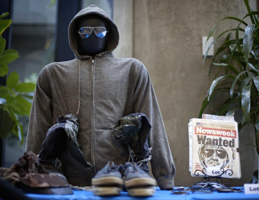 Ítens pessoais de Kaczynski foram leiloados em 18 de Maio de 2011 em Atlanta. O dinheiro arrecadado foi repartido entre familiares de vítimas do terrorista.