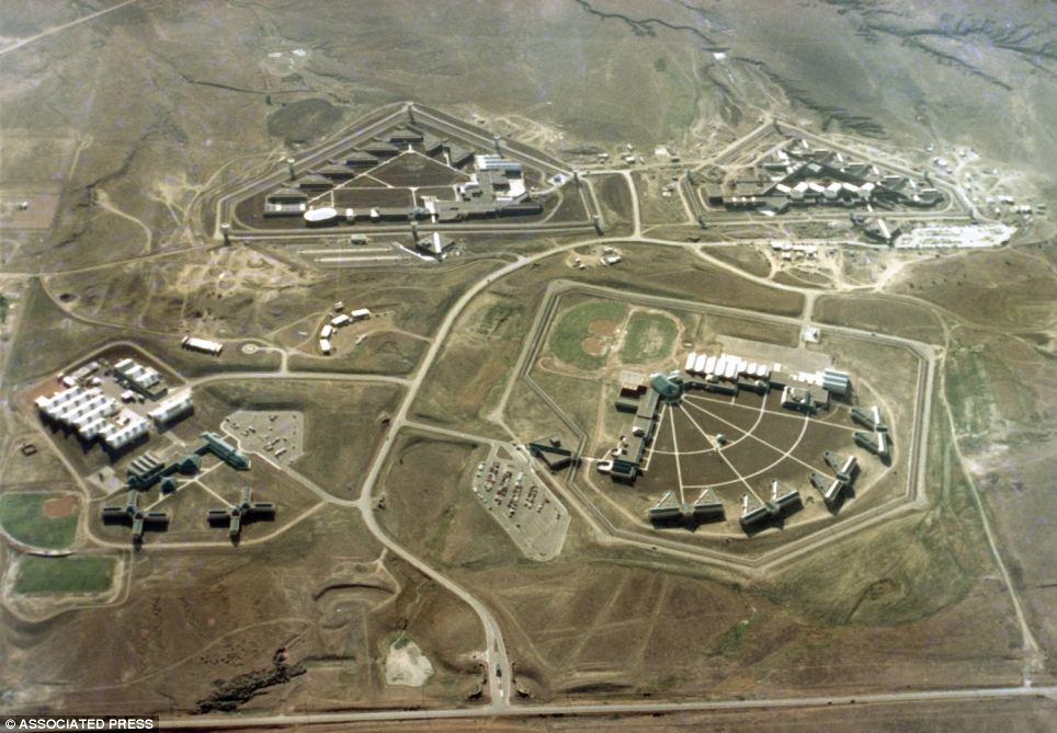 Visão aérea da ADX Florence, penitenciária de segurança máxima onde alguns dos piores terroristas dos EUA, incluindo o Unabomber, estão presos.