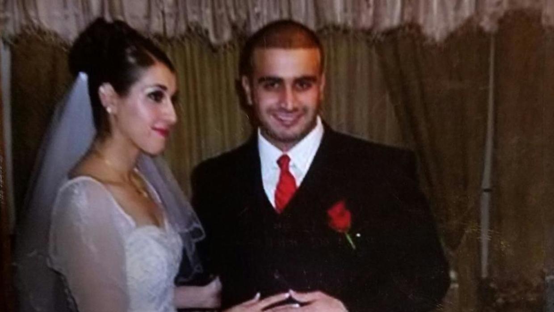 Omar Mateen e sua segunda esposa, Noor Salman, durante festa de casamento. Foto: Univision.