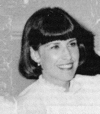 A morte de Betsy Bagwell foi arquivada como suicídio, mas amigos acreditam que ela foi assassinada.