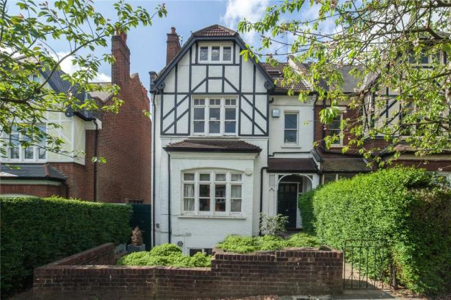 """2 bedroom apartment for sale. Cranley Gardens, Muswell Hill, London, N10"""