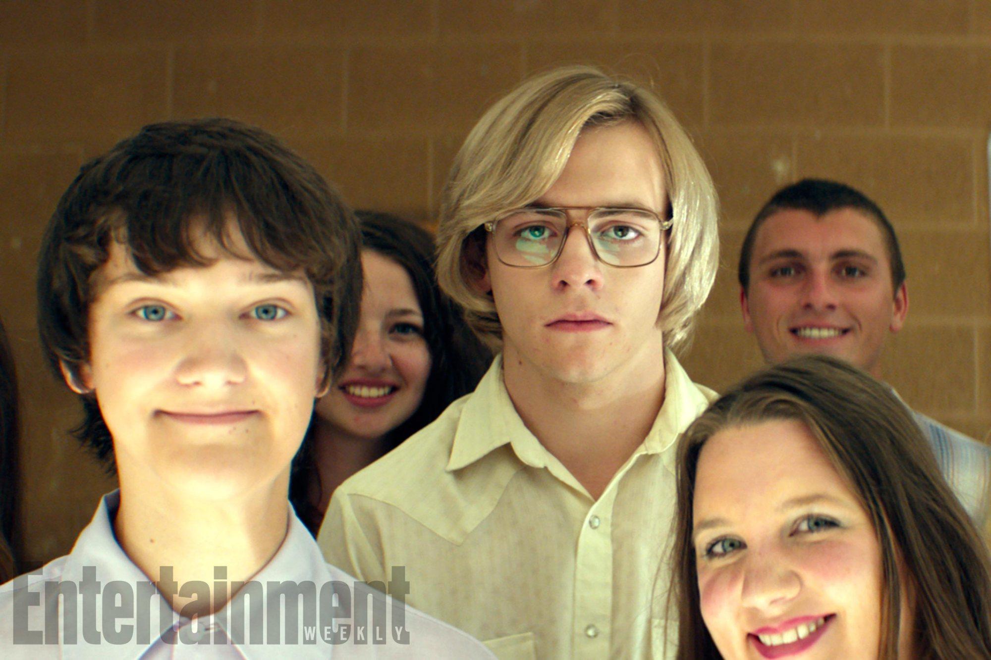 """Primeira foto oficial do filme """"My Friend Dahmer"""" foi divulgada no site Entertainment Weekly."""