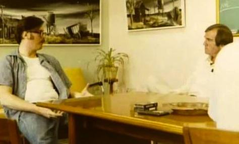 Ed Kemper sendo entrevistado por John Douglas. (Mindhunters)