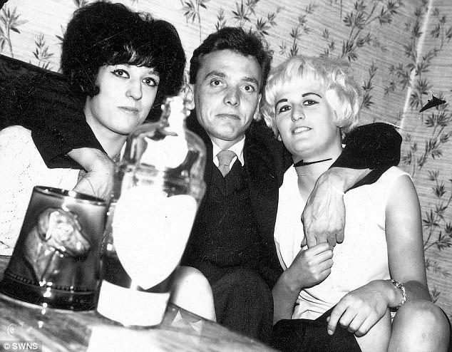 Maureen Hindley, irmã de Myra, Ian Brady e Myra Hindley.