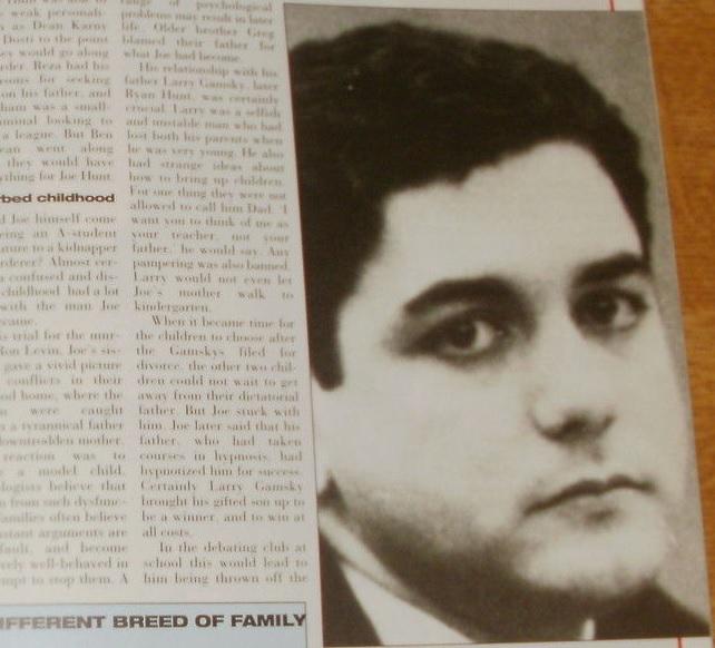 Ben Dosti no tribunal. Foto: Murder Casebook. Ed. 1992.