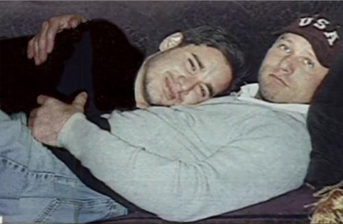 Andrew Cunanan e David Madson. Reprodução Internet.