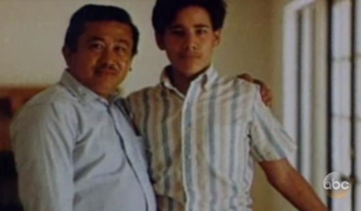Andrew Cunanan e seu pai Modesto Cunanan. Foto: ABC News.