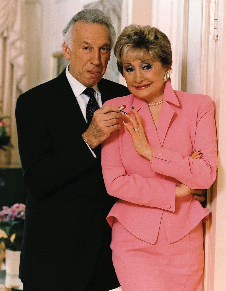 O casal de milionários Lee Miglin e sua esposa Marilyn. Ele era um magnata da indústria civil e ela dona de uma rede de cosméticos. Foto: Chicago Tribune.