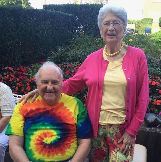 Sylvan, 86 anos, e Bernice Simon, 84 anos